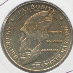 Dept17 - Paléosite - crane de pierette 2007