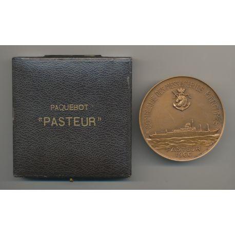 Médaille - Paquebot Louis Pasteur 1966 - Compagnie des messageries maritimes