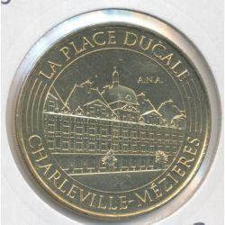 Dept08 - la place ducale - Charlevilles mezieres - 2016