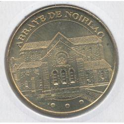 Dept18 - abbaye de noirlac N°2 - 2011