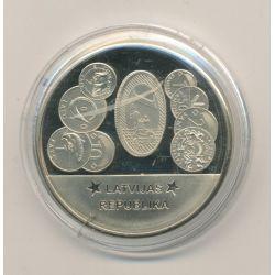 Médaille - Lettonie - Membre Union Européenne - maillechort