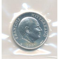 Médaille - François Mitterrand - argent - 1981 - 21mm - portrait à droite - avec certificat