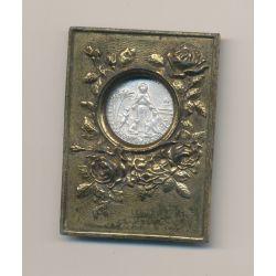 Médaille religieuse avec trépied