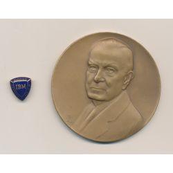 Médaille - Thomas J Watson - IBM - 1914-1947 - avec broche IBM Quarter Century Club