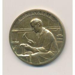Médaille - Exposition Internationale Paris 1937 - Arts et techniques - L'orfévrerie - laiton - 32mm