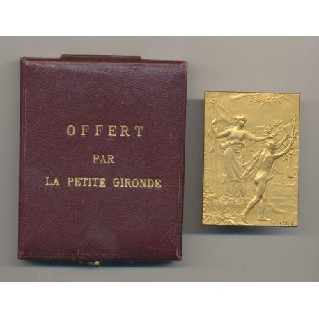 Médaille - Offert par la petite gironde - avec écrin - bronze - Pillet