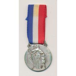 Médaille - Oeuvre des pupilles - famile et RF