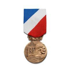 Médaille de la sécurité intérieure - garde bronze - ordonnance