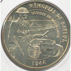 Dept14 - Musée mémorial Bayeux N°2 - 2008 - soldat anglais et char